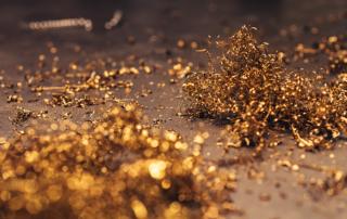 kaboompics-com_gold-sparkling-mesh-2